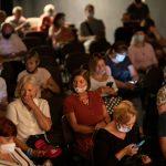 Publiczność podczas spotkania zDorotą Landowską iMariuszem Bonaszewskim wramach 15. DWF